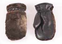 Рукавицы кожаные верх морской котик, внутри овчина